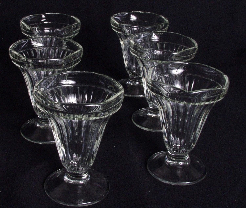vintage sundae glasses tulip ice cream sundae glasses wlv. Black Bedroom Furniture Sets. Home Design Ideas