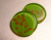 20mm Frosted Round Plastic Pendant with Flower - Destash Lot of 2