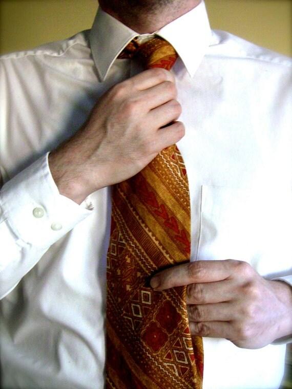 Vintage Irish Linen Tie 1970's by Bloomingdale's