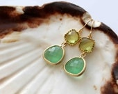 The Candy collection. Beautiful two tone green 16k gold framed glass stone earrings