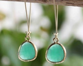 Green Agate. Stunning 16k gold plated green agate glass stone dangle earrings