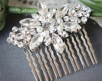Bridal Hair Accessories, Wedding Hair Comb, Swarovski Pearl Bridal Headpiece, Art Deco Crystal Leaf Hair Jewelry, Wedding Hairpiece, GISELLE