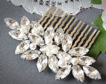 Wedding Hair Comb, Crystal Bridal Hair Comb, Marquise Leaf Bridal Wedding Hair Pin, Swarovski Pearl Hair Accessory, Vintage Glamour, YUDELLE