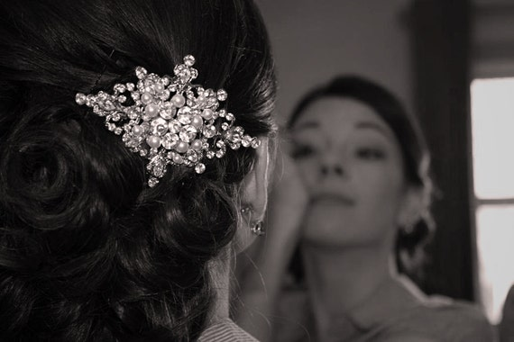 ZEPHRINE, Wedding Hair Comb, Vintage Inspired Rhinestone and Pearl Bridal Hair Comb, Wedding Bridal Hair Accessories, Old Hollywood Style