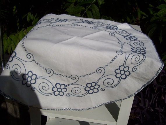 Small Round Tablecloth White Blue Embroidery