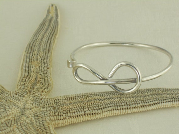 Sterling Bracelet Modernistic Knot Design