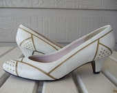 SALE White & Gold Accented Pumps with Studs - Metallic - Leather Heels - Never Worn - Selby Comfort Flex - size 8 Narrow - 7.5