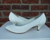 White Leather Pumps with Woven Detal - Low Heel - Stitched - Never Worn - Brazil - size 10