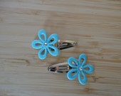 Glitter flower Snap clips- light blue