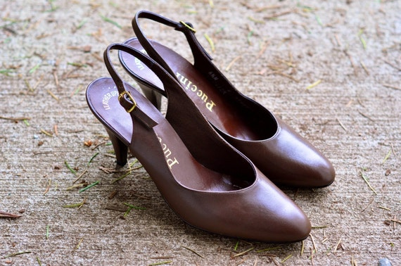 CLEARANCE - Vintage Puccini Brown Sling Back Pump (Size: 6.5)
