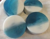 Natural Glycerin Blue and White SOAP Sandalwood Patchouli River Girls Gladiator Row SOAP for Men and Daring Women