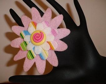 Snooki (Funky Felt Flowers Cocktail Ring)