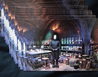 Harry Potter studio postcard - Snape in Potions classroom