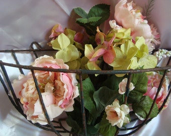 Vintage French Country Cottage Chippy Planter Basket TREASURY ITEM