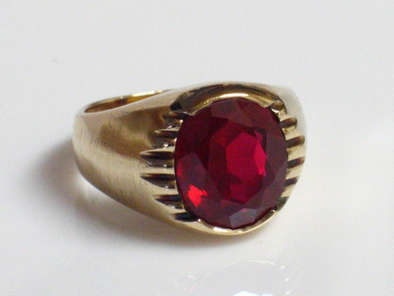 10K Ring by JERAY with a Large Red Stone, SIGNED Circa 1940s