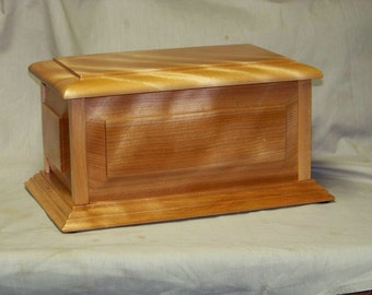 Hardwood Cremation Urn Curly Birch