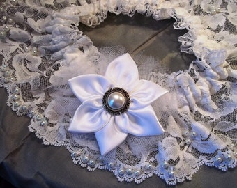 Wedding Garter Set, Lace and Pearls Bridal Garter, White Lace and Pearls Garter, Ready To Ship, Clearance Sale