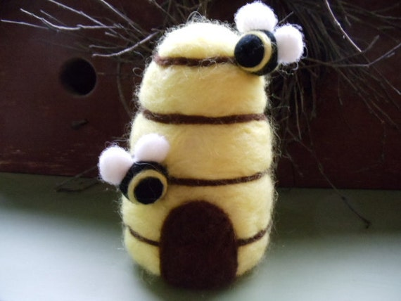 Honey Beehive Beeskep Wool Pincushion Decoration Needle Felted