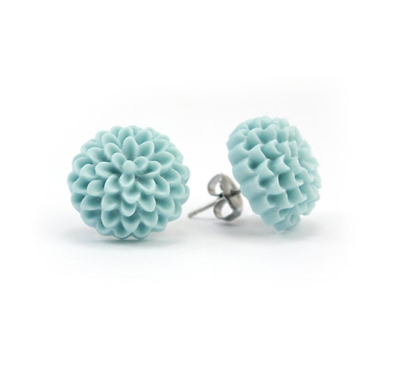 Dusty Blue Mum Earrings - Fiorella