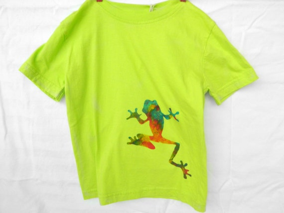 Frog tshirt organic lime  green size 4T SALE