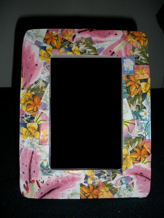 Photo frame, 4x6 Flowered Easter Seals Lilllies