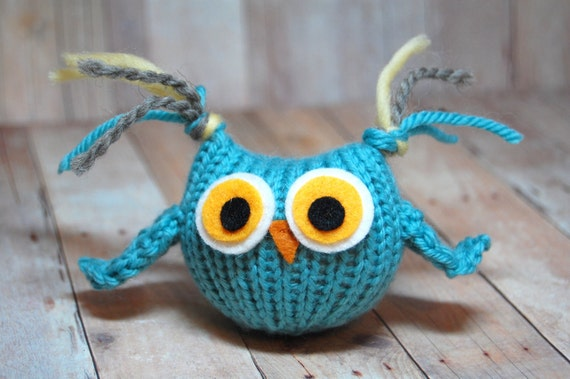Owl Toy, Knit Owl, Toy Owl, Tufty Owl, Stuffed Owl Softie, Woodland Animal, Woodland Bird, Stuffed Bird, Waldorf Animal, Woodland Nursery