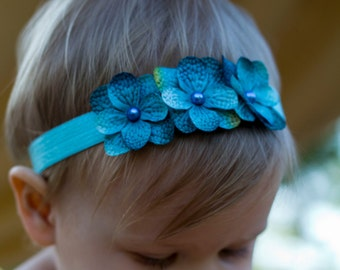 Turquoise Aqua Blue Hydrangea 3 flower headband. Baby girl headbands newborn headband. Elastic Flower headband. Baby photography prop photo