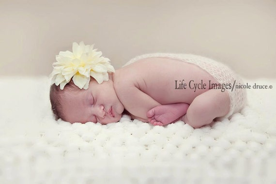 Cream Off White Big Flower Baby Headband. Pearl Flower Lace headband Baby girl headbands. Photography prop Elastic