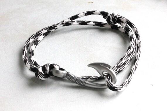 Fish Hook Bracelet - Black and White BACKORDERED UNTIL JAN 7 2013