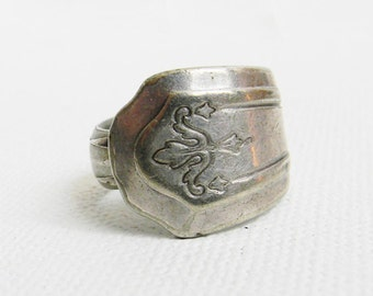 Vintage Sterling Silver Ornate Ring