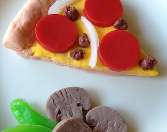 Slice of Pizza Soap Set