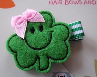 St. Patrick's Day SMILING SHAMROCK Green Pink Felt Hair Clip Clippie Baby Toddler Girl