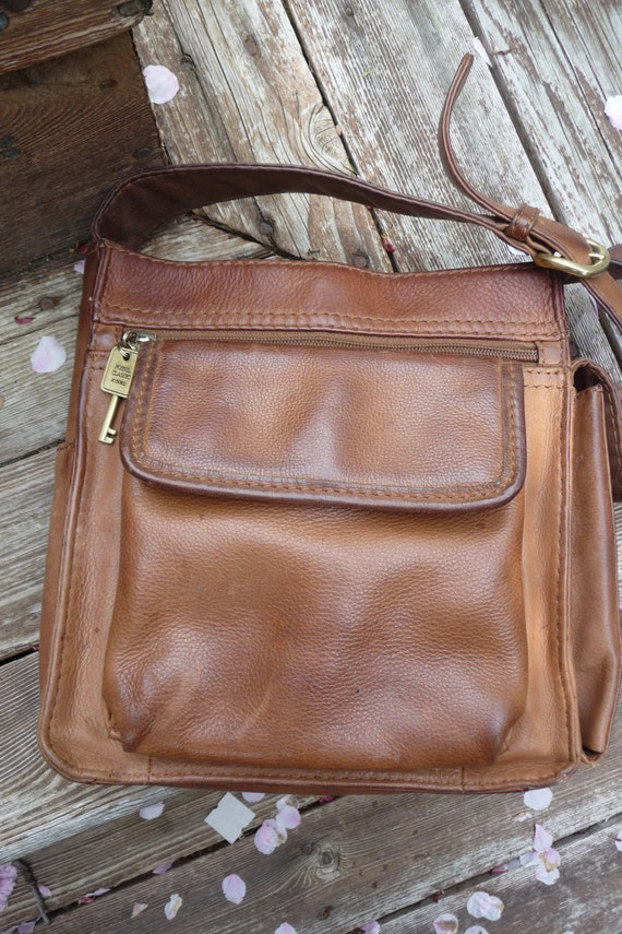 Vintage Fossil Leather Messenger Bag - Authentic - Top Grain Brown Leather Cross body bag - Purse