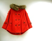 ON SALE % Coral Tweed Cape silhouette Jacket Double Breasted Detachable Synthetic Fur Collar 3/4sleeve