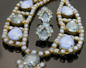 Vintage Juliana Style Necklace And Earrings With Teardrop Pear Shaped Blue Milk Glass And Aquamarine Rhinestones