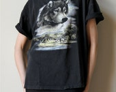 vintage unisex Native American wolf graphic t-shirt, soft & faded black 80s tee for men or women