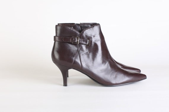 Size 10, Women's Bandolino short brown leather dress boots