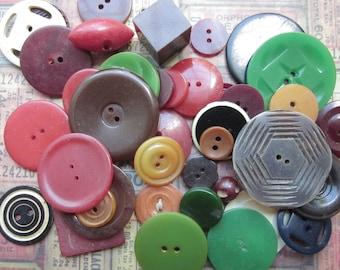 5 Antique Bakelite Buttons