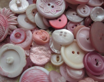 10 Vintage Shades of Pink Buttons