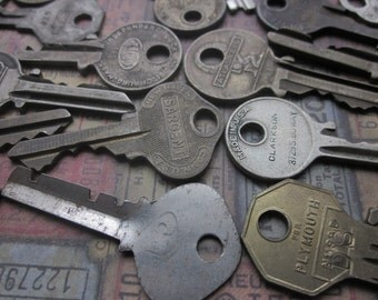 Vintage Flat Keys