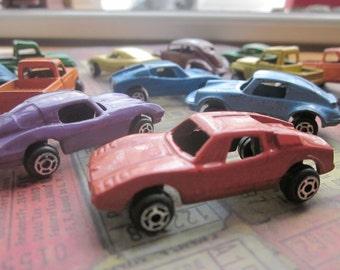 2 Vintage Tootsietoy Mini Cars and Trucks