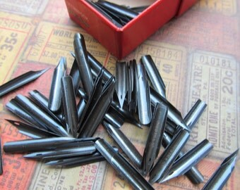 5 Vintage Black Pen Nibs