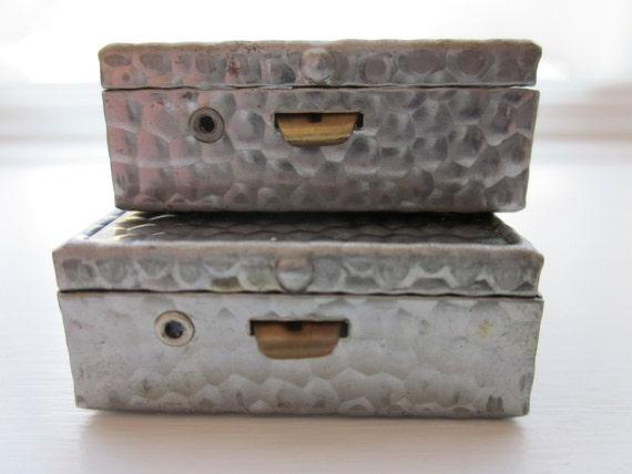 Vintage Adorable Tiny Tin Trinket Boxes