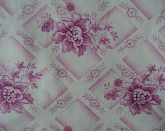 1 Yard Gorgeous Vintage French Fabric Fuschia Pink Roses Daisies Trellis Diamonds Pillow Quilting Feedsack Never Been Used