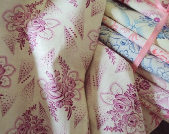 Vintage French Fabric Fuschia Pink Roses and Rosebuds Unused Suitable for Patchwork Quilting Lavender Bags Feedsack Pillow