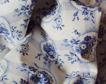 Vintage French Cotton Fabric Tiny Blue Roses Rosebuds Daisies Heart Shaped Leaves Pillows Patchwork Quilting Lavender Bags Feedsack