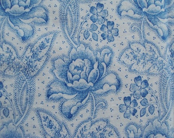 Beautiful Vintage Cotton Fabric Blue Roses Flowers Pillows Patchwork Quilting Lavender Bags Feedsack