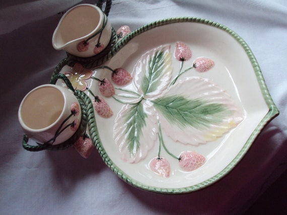 Vintage Strawberry Dish Bowl Plate Cream Jug and Sugar Bowl Majolica Time for Tea Wimbledon Tennis
