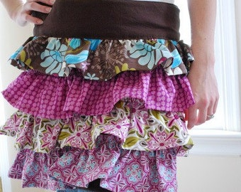pretty Ruffled Apron Pattern with Pockets, The Sydnee Apron