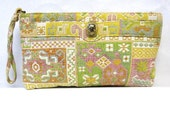 Tapestry Purse Handbag Clutch Yellow Pink Green Ruth Saltz Signature Cougar Head Clasp